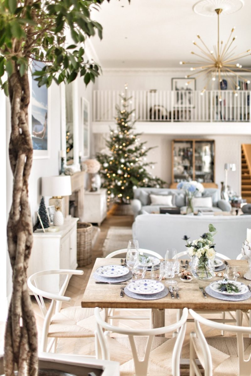 Laura Butler-Madden's Country Style Christmas