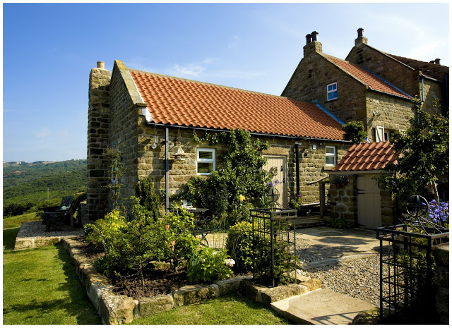Homes Away From Home: Coastal Cottage in Yorkshire