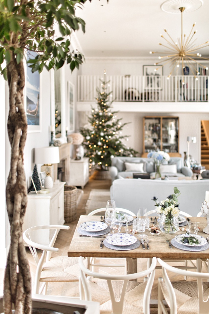 Get the Look: A Country Christmas Table