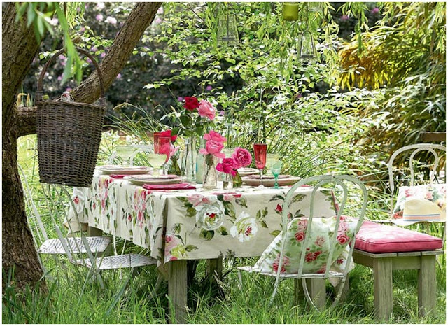 The Great Outdoors: An English Country Garden