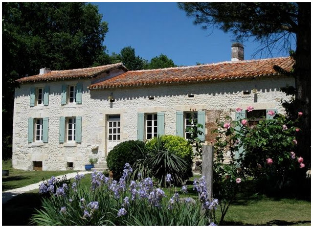 Homes in France: Charming House in Aubeterre