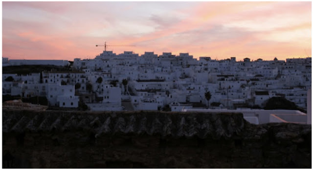 Homes away from Home: Numero 6 Calle Castillo, Andalucia